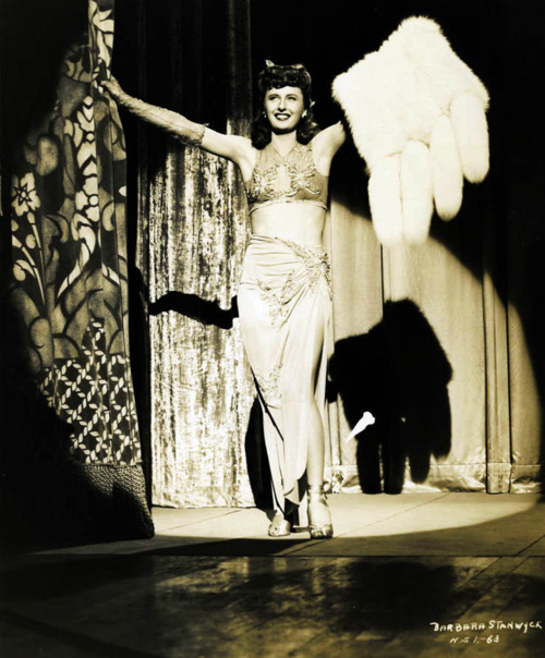 Dixie Daisy in Lady of Burlesque