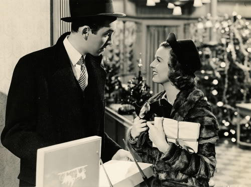 if you dont find this movie romantic ill give you a dollar - Christmas Classics Movies
