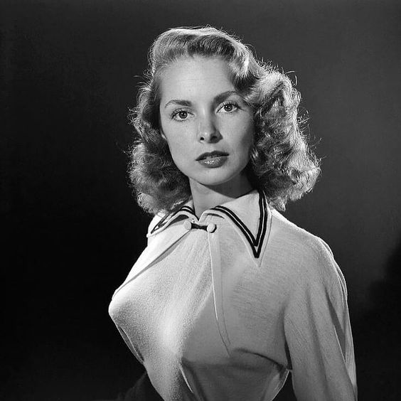 Janet Leigh pointy boobs